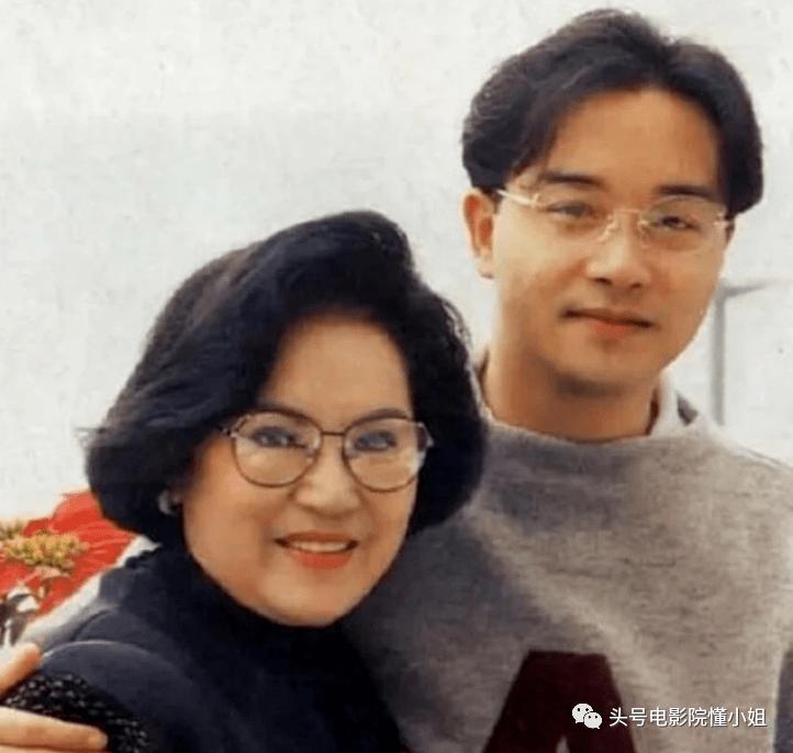 港剧名角李香琴去世,林峯晒亲吻照,和红颜知己男星相隔3月离开  第6张