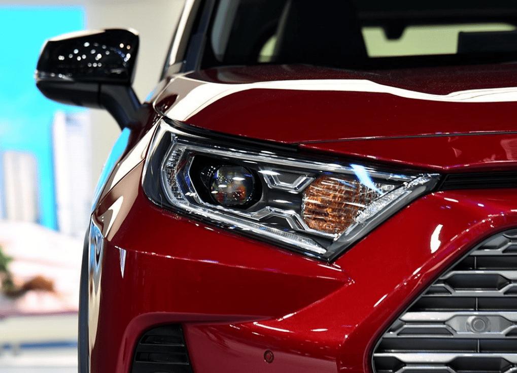 原装丰田彻底爆炸!新车比竞争产品更漂亮,混合动力油耗4.7L