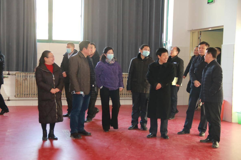 濮阳市第八中学迎来南乐县考察团  第8张