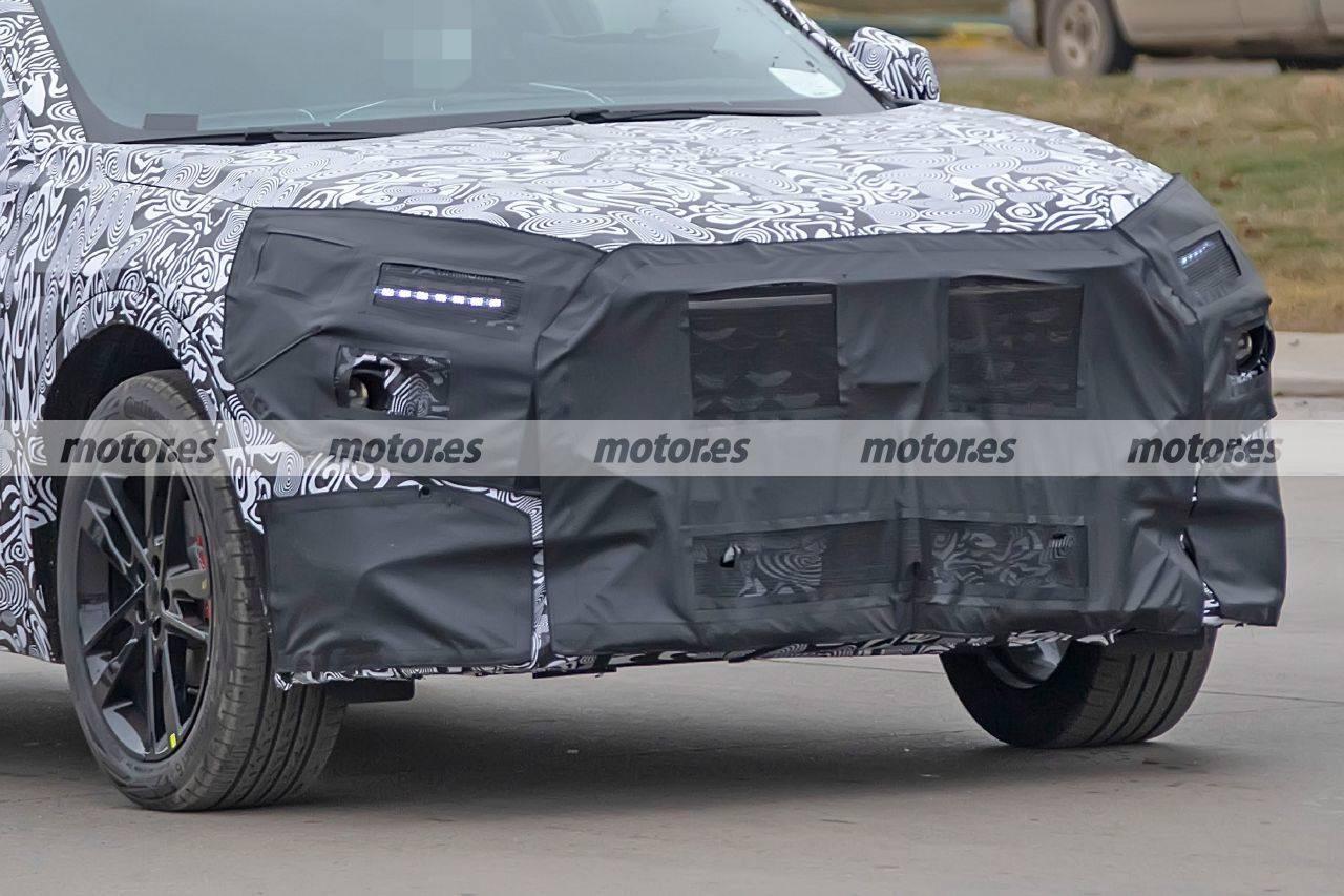 原装福特首款coupe SUV 2022福特蒙迪欧Evos间谍照片流出