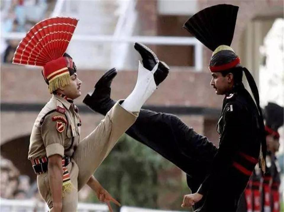 巴基斯坦迎来强援,大批雇佣兵开进克什米尔前线,俄罗斯坐收渔利