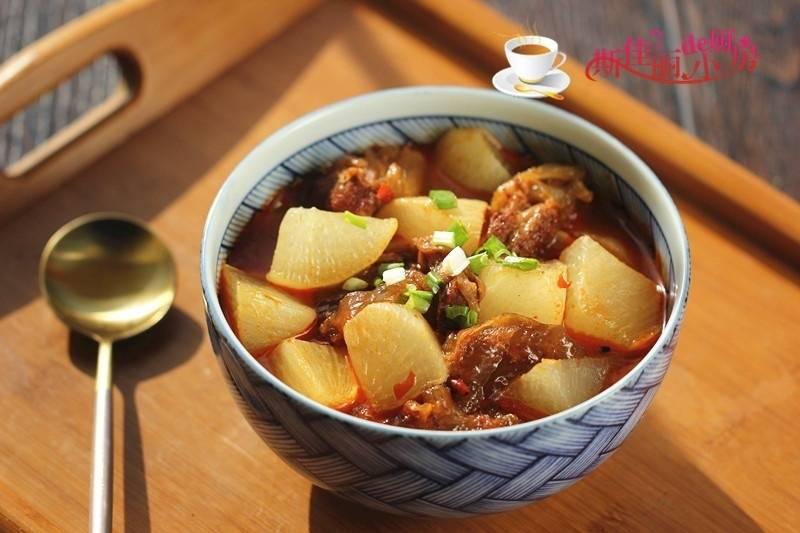 冬天就爱这些炖菜,荤素搭配,驱寒暖胃养人,冬天不懂吃太可惜了
