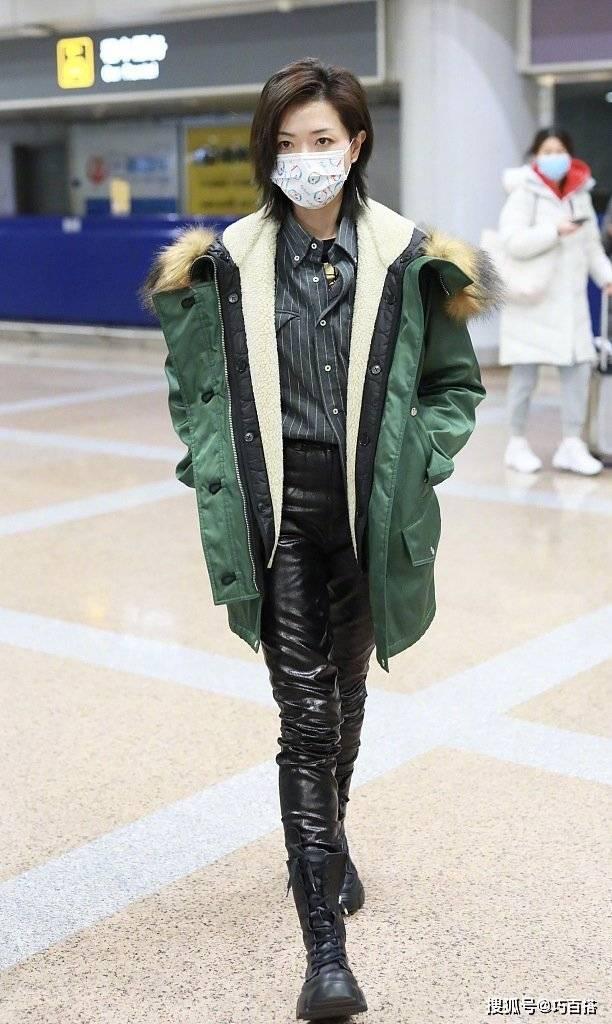 原创             冬季一抹绿最时髦!万茜程潇都在穿,风格百变还抢眼,值得尝试