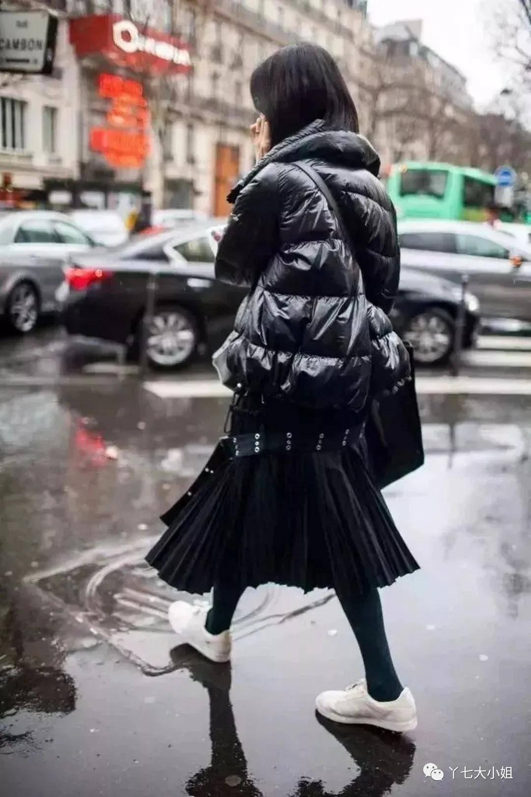 羽绒服+裙子,不臃肿,还能美成小仙女!