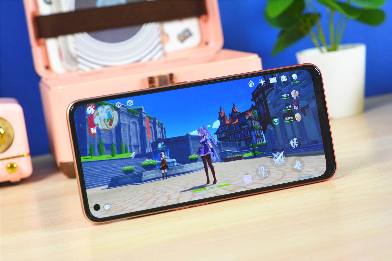 realme V15新机评测:AMOLED屏幕,千元机也支持赢咖4娱乐招商50瓦充电