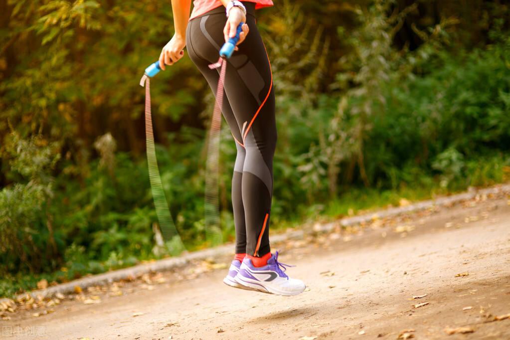 健身公认的燃脂训练——跳绳,坚持8周,身材有什么变化?