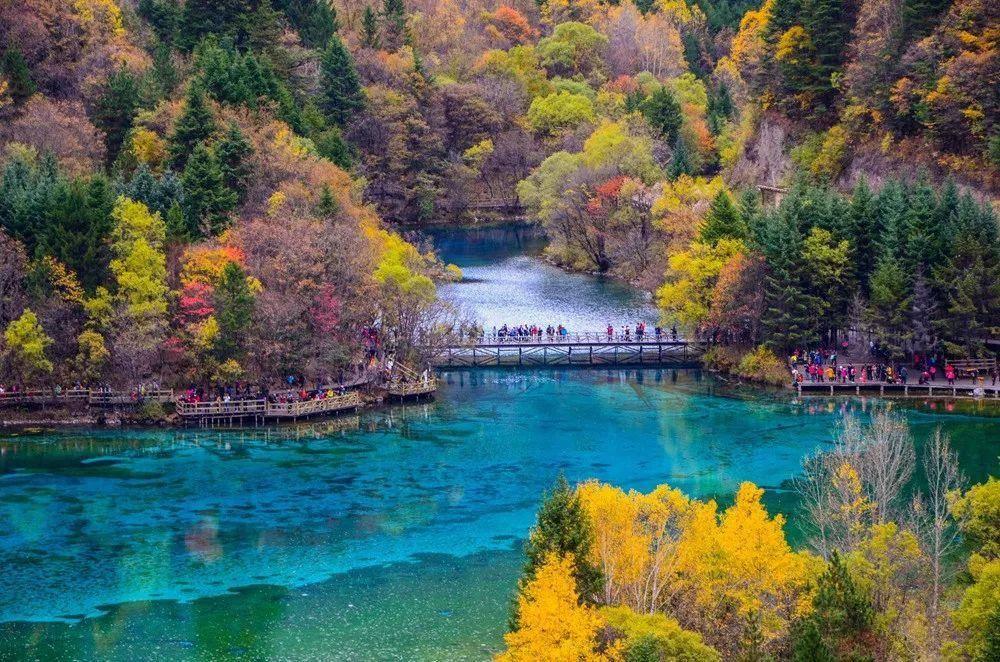 九寨沟被誉为世外桃源,神仙向往的地方