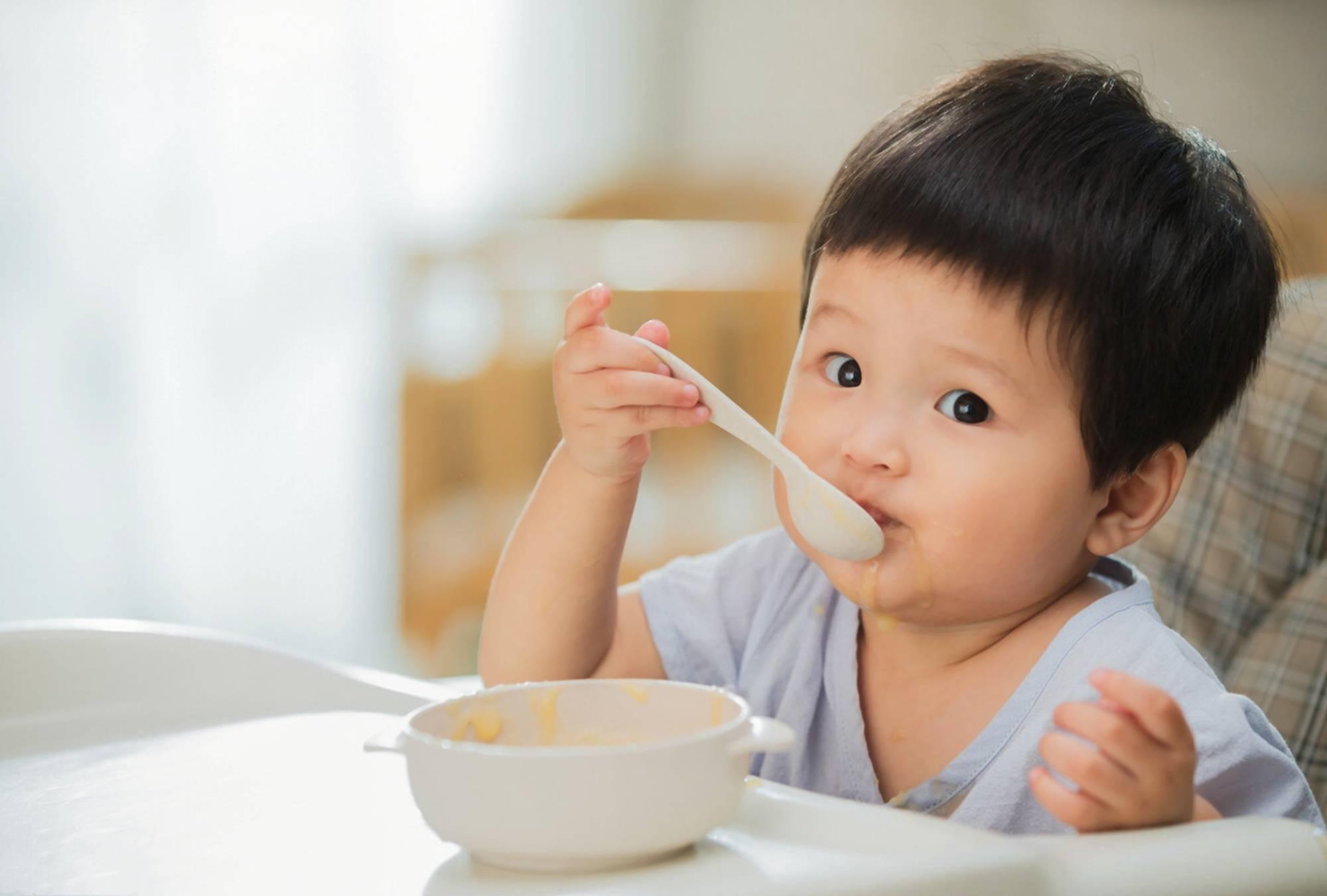"""有一种""""假""""辅食叫做米汤,看似有营养,实则影响宝宝发育  第4张"""