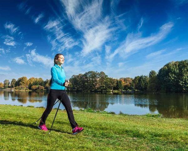 """45岁后,女性如何延缓衰老?医生支招:每天坚持""""3多4不要"""""""