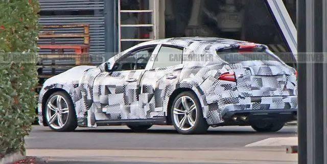 法拉利首款SUV曝光?雷克萨斯也要配双擎?捷豹中大型SUV叫 J-Pace?