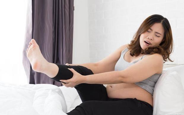 """孕期腿抽筋5大""""元凶"""",补钙食物界""""扛把子"""",预防缺钙腿抽筋"""