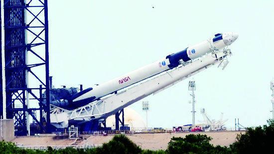 SpaceX首次载人飞行取消 公司最新估值为360亿美元