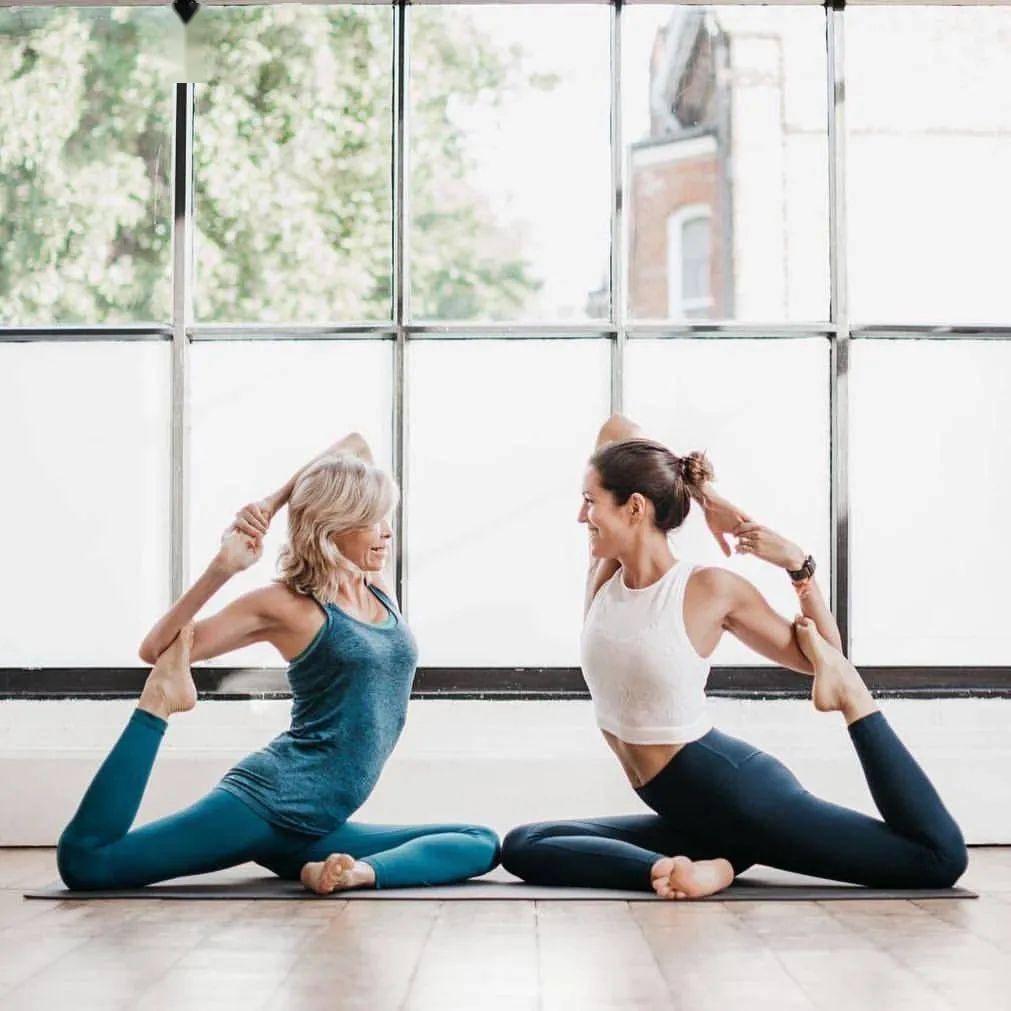 一套女性瑜伽序列,适合40岁女性每天练习(收藏级)