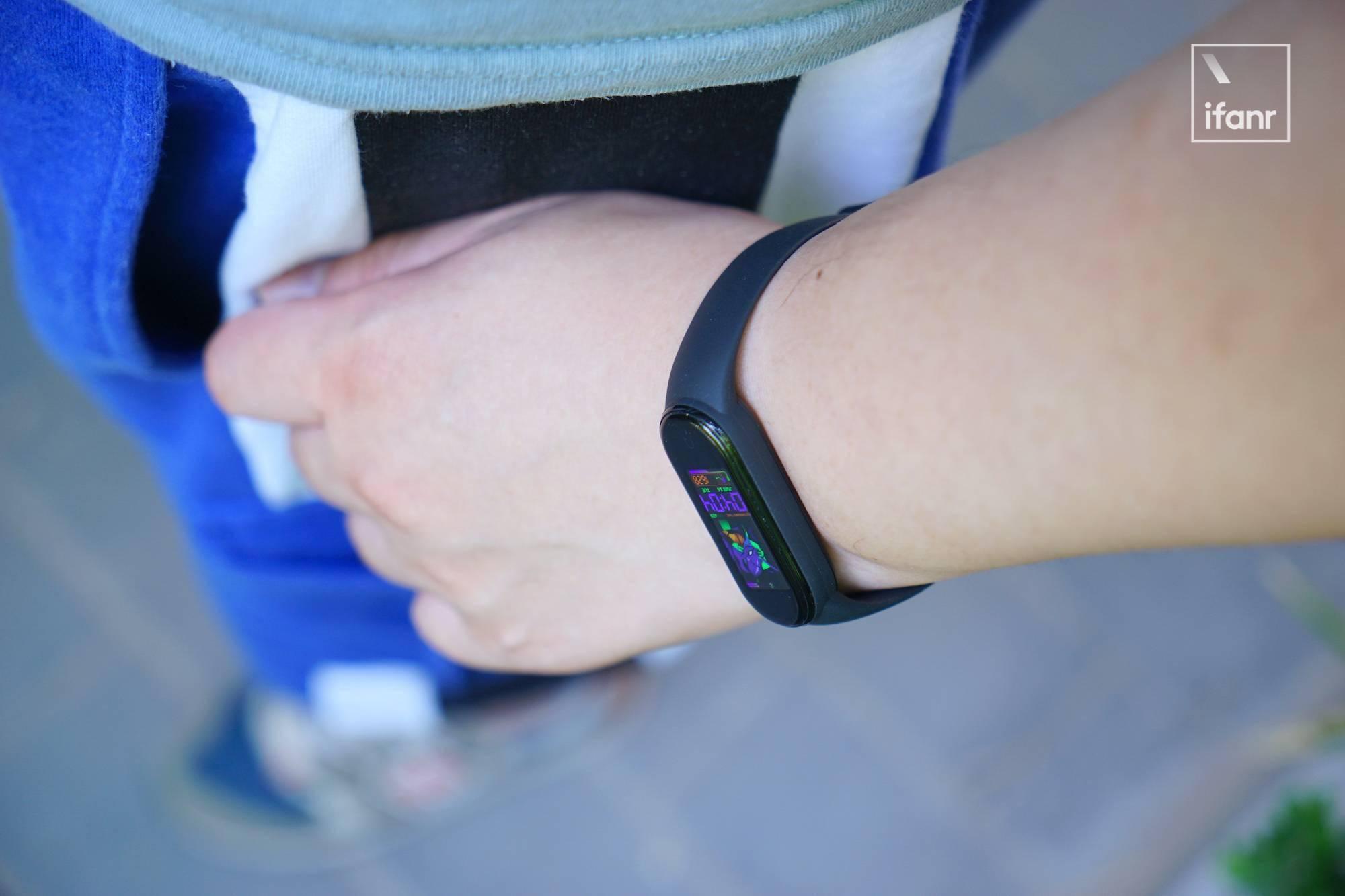 小米10/10Pro-ITMI社区-小米手环 5 体验:用上了磁吸充电后离美满又近了一点(13)