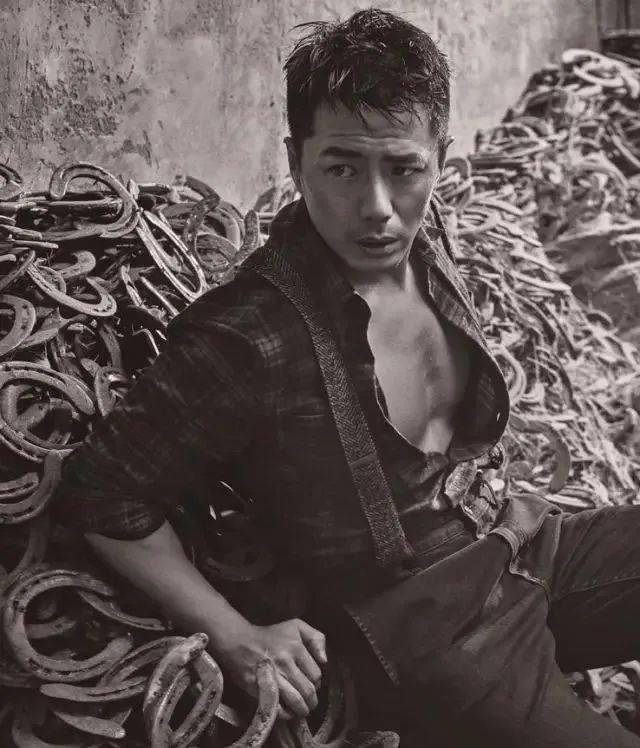 有一种帅叫段奕宏,荷尔蒙爆表的他有几个人顶得住? 动作教学 第9张
