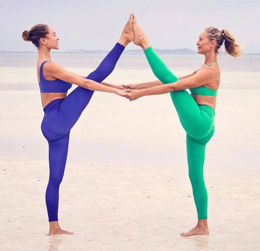 不知道双人瑜伽照怎么拍?收藏这篇文章就够啦! 减肥窍门 第2张