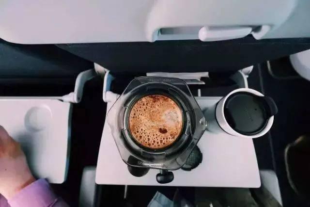 在飞机上最好不要点咖啡…… 防坑必看 第1张