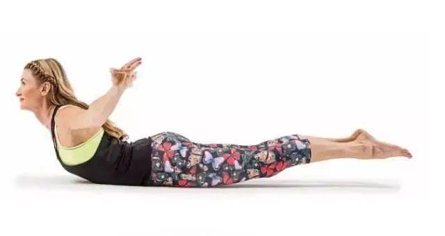 肚子上肉太多?坚持做这几个瑜伽动作瘦到你尖叫! 减肥窍门 第1张