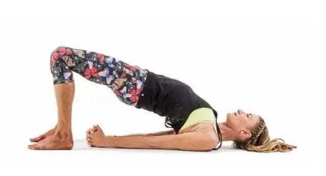 肚子上肉太多?坚持做这几个瑜伽动作瘦到你尖叫! 减肥窍门 第5张
