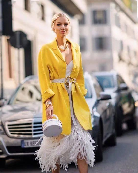 这个颜色,黑黄皮夏天穿美炸了!