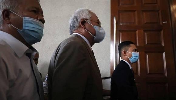 马来西亚法院判处前总理纳吉布12年监禁,罚款2.1亿林吉特