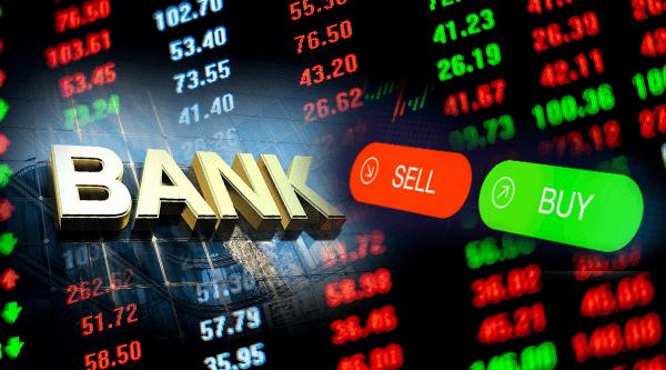 《银行股又迎尴尬时刻!公募疯狂减持,仓位降至历史次低,银行股东、高管却在买买买,到了贪婪时刻?》