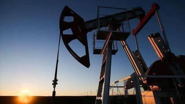 美国叙利亚最新情况:美国再度从叙利亚窃取石油