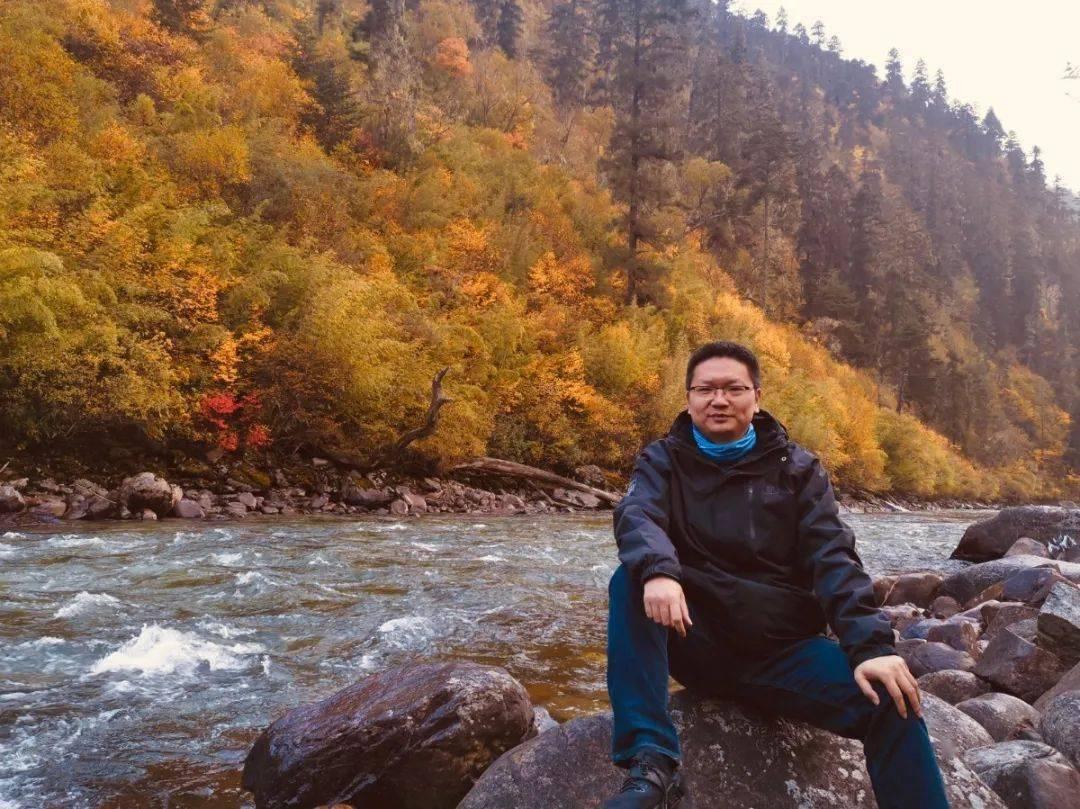共绘壮丽西藏之画卷书写最美人生第三极丨张中元:做守护西藏的白衣战士