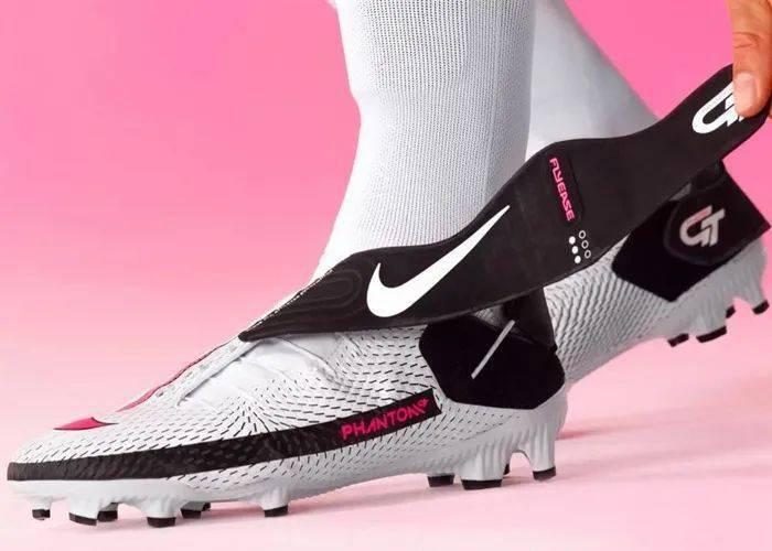 勒布朗送少年「特殊球鞋」,设计师道出真相,让人超感动!插图(26)