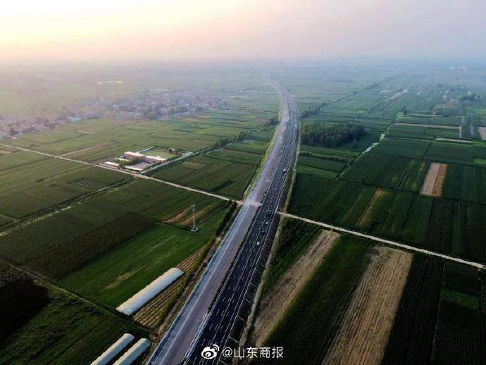 京沪高速改扩建工程兰陵段左幅通车!