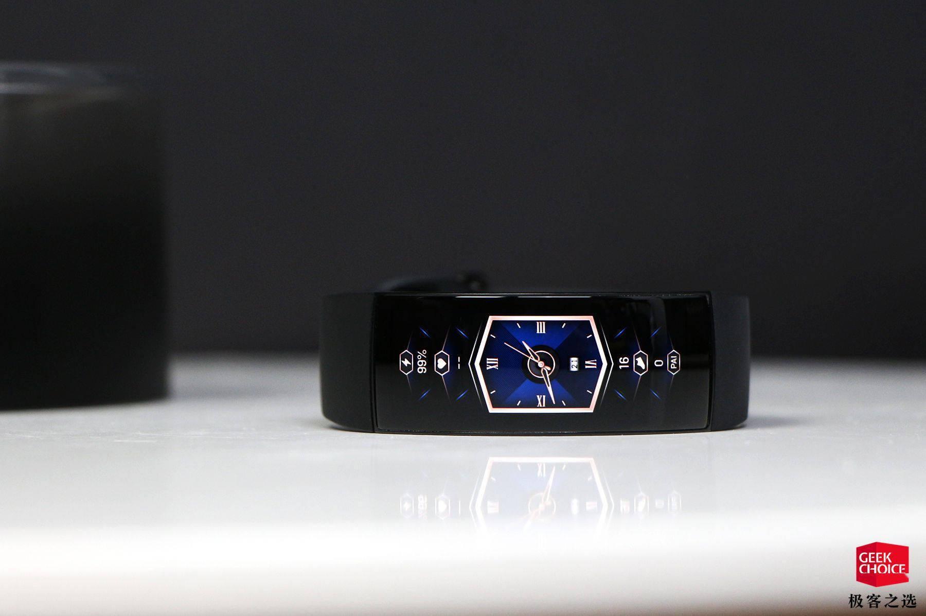 Amazfit X 体验:这个「大屏手环」,可能是来自未来的智能手表