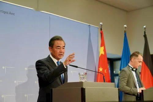 王毅警告捷克参议院议长:你过线了