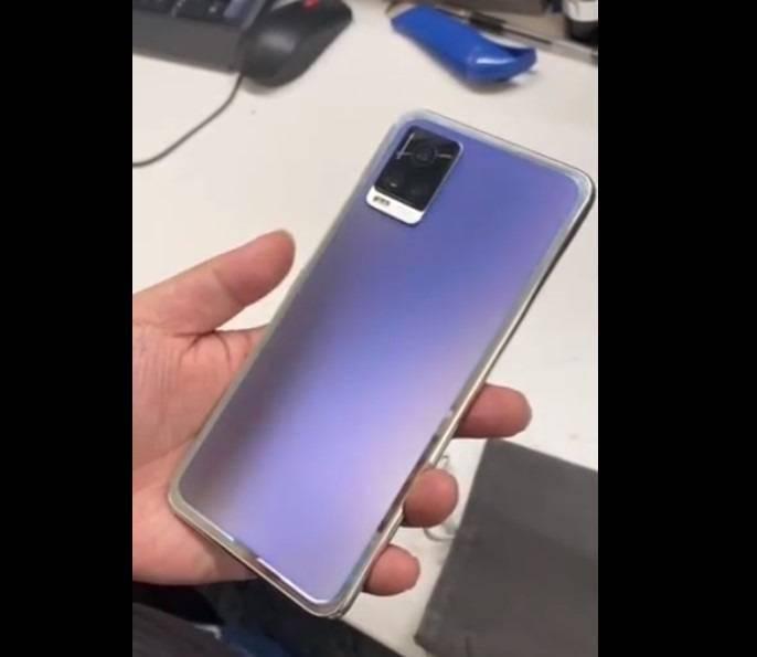 后壳可变色手机曝光,有望明年推出