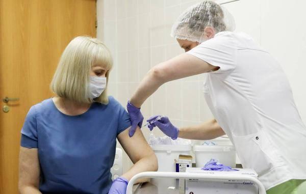 俄民调:约半数俄罗斯国民不愿接种新冠疫苗