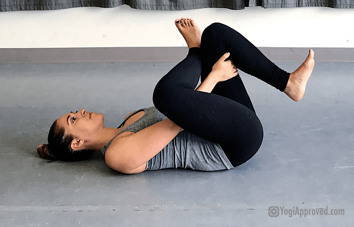 瑜伽老师最喜欢的 8 个修复动作,练完超级舒服!_双肩