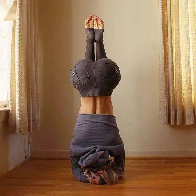 瑜伽人的标准练臀方法,让你快速拥有蜜桃臀!