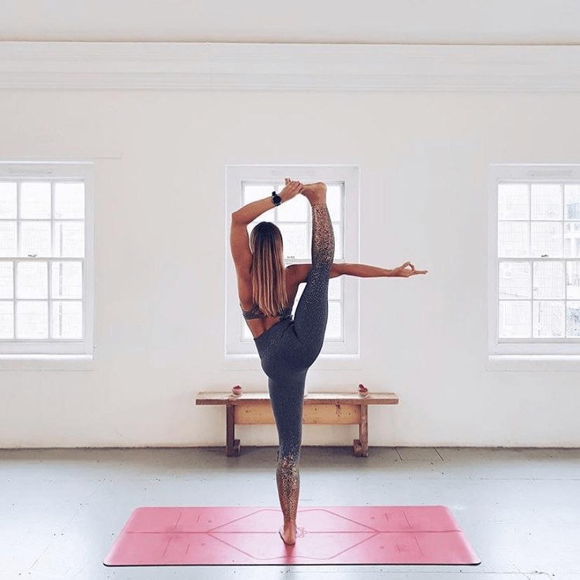 练瑜伽,双腿无力总发抖?这7个体式一定要常练!_核心
