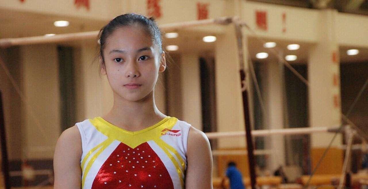 体操女神因受伤错失奥运,退役成最美体育老师,26岁仍单身