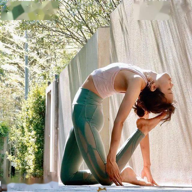 你练过的瑜伽,会刻在你的身体里,谁也拿不走......