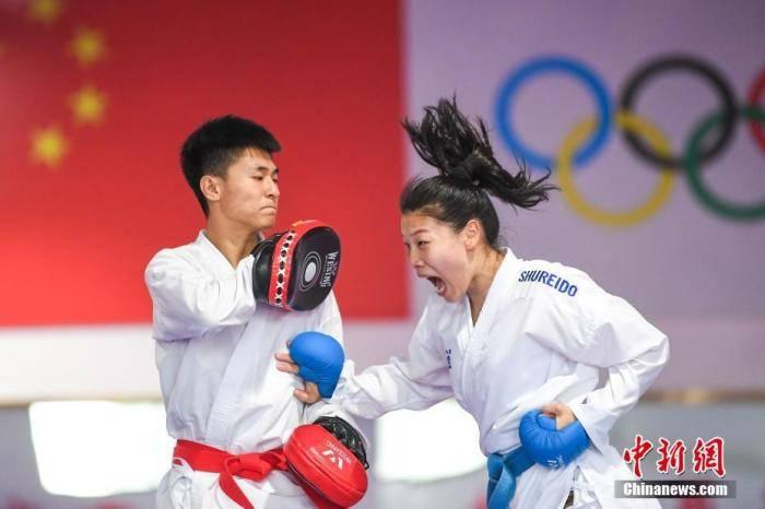 体育黄金周Ⅴ 大半年没什么比赛,中国选手都在干嘛