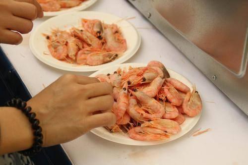 大虾高蛋白低热量,是三高人群的福音,但3种大虾再便宜也别买