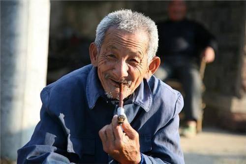为什么农村老人粗茶淡饭,但是活得更长寿?其实大多数人都有误解