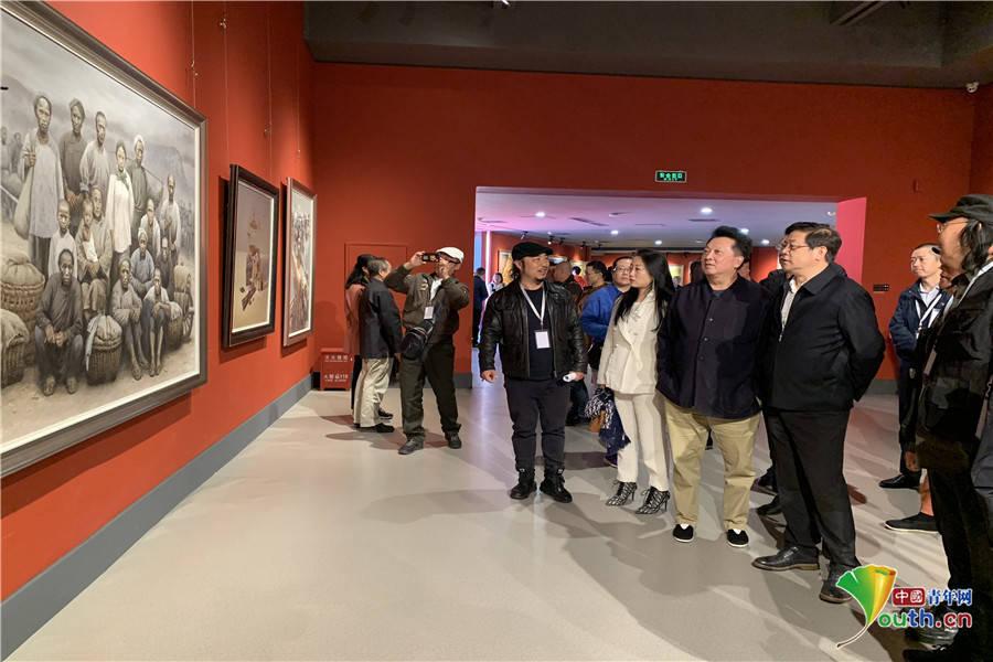 现实与艺术有机结合 中国-东盟艺术学院美术教学研究展在京举行