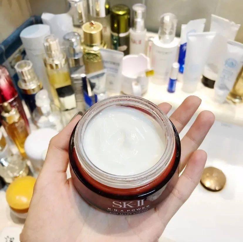 测评|护肤界神话SK-II大红瓶面霜,到底值不值得买?