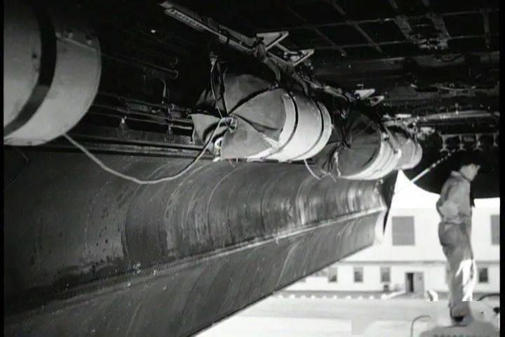 为救生艇插上翅膀,小谈各国空投式海空救援设备发展(英美篇)     第13张