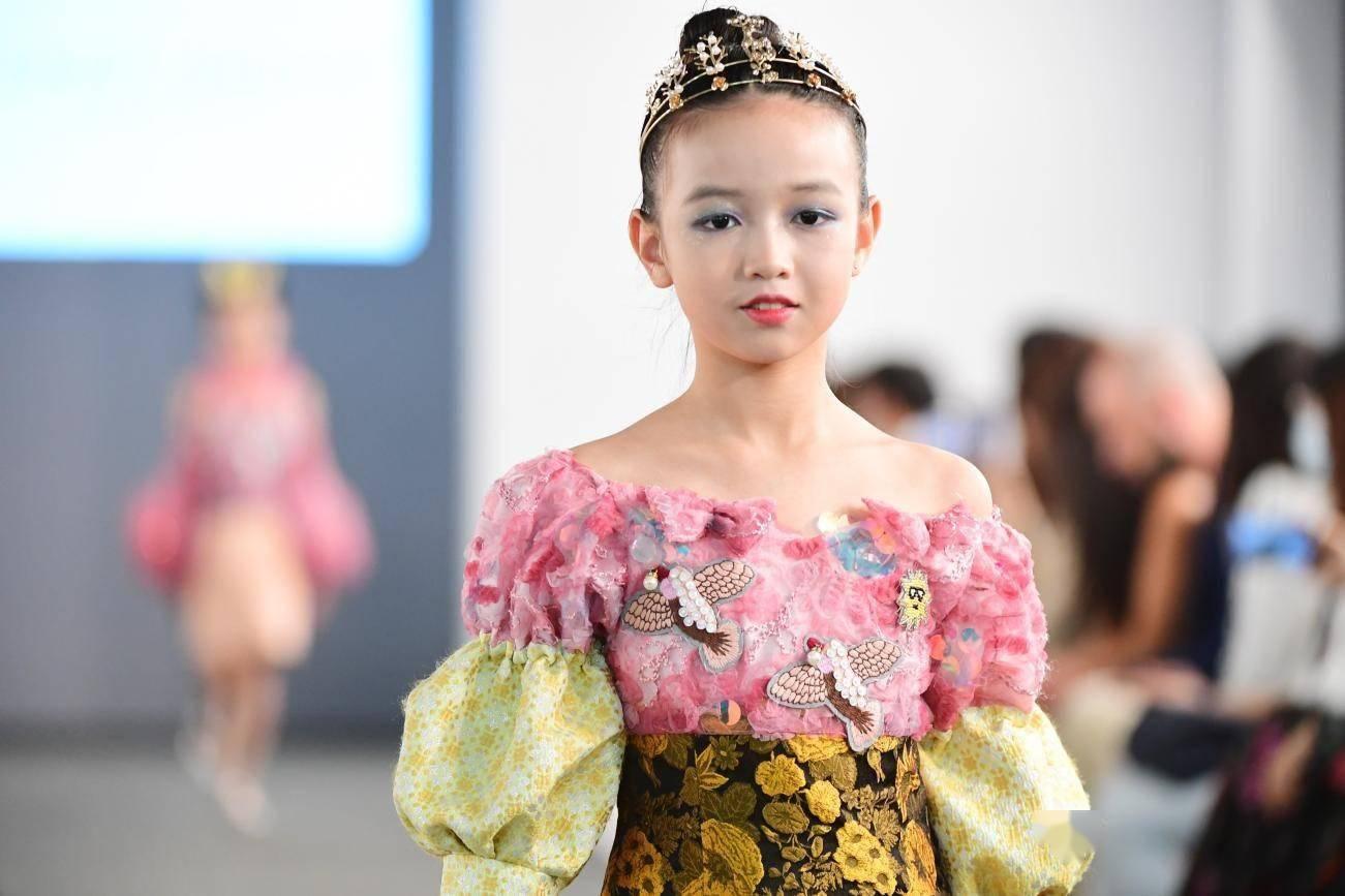 海派时尚科创全新童装亮相深圳时装周