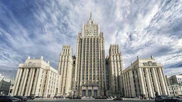 美媒:美俄或将达成协议,延长《新削减战略武器条约》一年