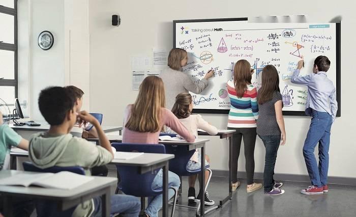 三星发布面向教育和商用市场的85英寸交互式显示器
