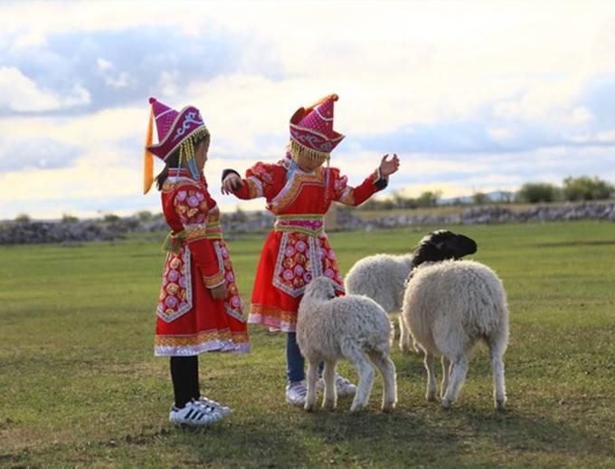 旅游高峰期也不会拥挤的呼伦贝尔---解锁小众玩法_草原