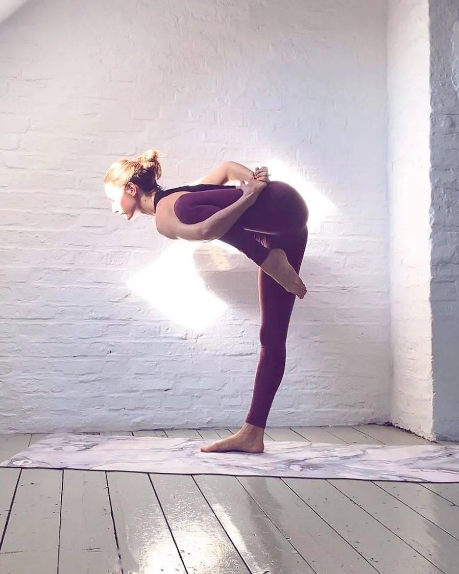 秋冬季节练瑜伽,这样热身更有效!